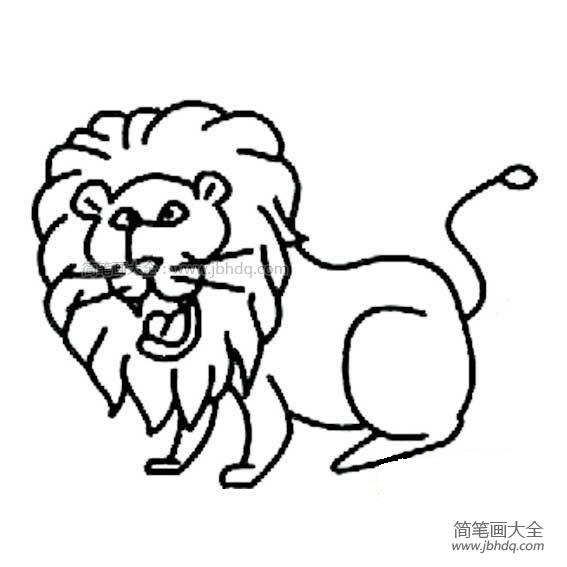狮子身披一件棕黄色的皮袄,威风凛凛.
