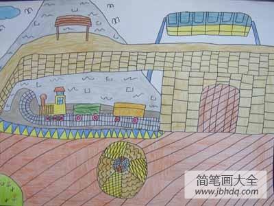火车响的声音_火车呜呜响儿童画画作品